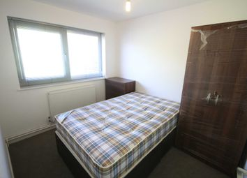 Thumbnail Room to rent in Vandyke, Bracknell
