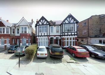 Thumbnail 3 bed flat to rent in Chatsworth Gardens, London