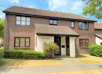 Thumbnail Studio to rent in The Oaks, Swanley, Kent
