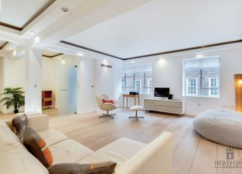 Thumbnail 3 bed flat to rent in Princelet Street, London