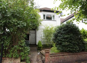 Thumbnail 2 bed flat to rent in Queens Grove Road, London