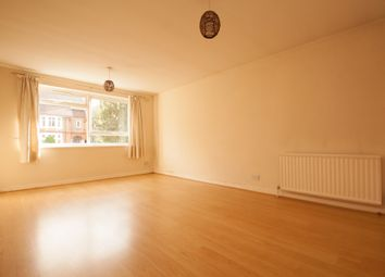 Thumbnail 2 bed flat to rent in Station Road, New Barnet