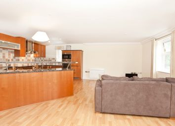 Thumbnail 2 bed flat to rent in Centenary House, The Avenue, York
