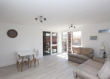 1 bed property to rent in Campion House, Redwood Park, Rotherhithe SE16, Rotherhithe