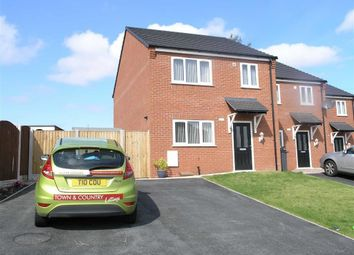 Thumbnail 3 bed town house to rent in Chapel Street, Deeside, Flintshire