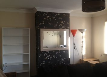 Thumbnail 1 bedroom flat to rent in Cross Lane West, Gravesend