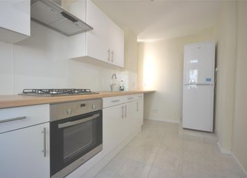 Thumbnail 2 bed flat to rent in Cedars Road, Battersea