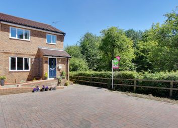 Thumbnail 3 bedroom detached house for sale in Willow Tree Glade, Calcot, Reading