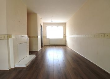 Thumbnail Room to rent in Curzon Crescent, Barking, Essex