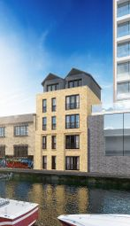 3 bed flat for sale in Dod Street, Canary Wharf E14