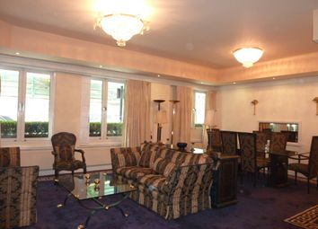 Thumbnail 4 bed flat to rent in Porchester Gate, Bayswater