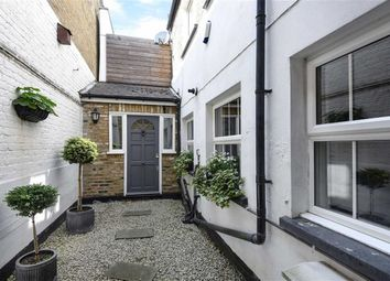 3 bed property for sale in Earlsfield Road, Earlsfield SW18