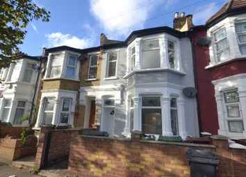 3 bed flat to rent in Ruckholt Road, Leyton E10