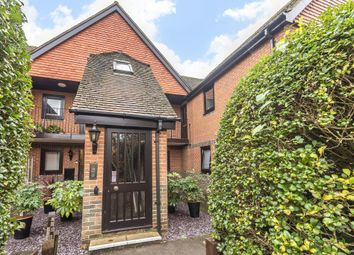 Thumbnail 2 bed flat for sale in Henley On Thames, Oxfordshire