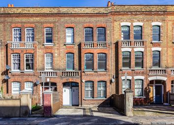 Thumbnail Flat for sale in Southampton Way, London