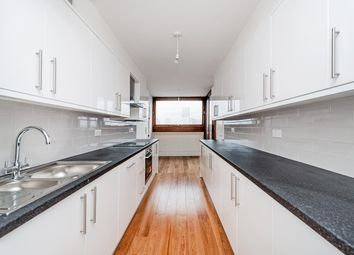 Thumbnail 3 bed flat to rent in Barbican, London