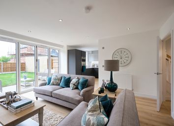 Thumbnail 5 bedroom detached house for sale in Bryanstone Road, Waltham Cross