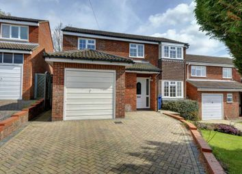 Thumbnail 4 bedroom detached house to rent in Redshots Close, Marlow