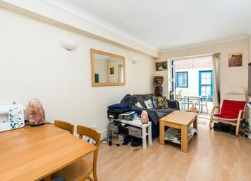 Grange Yard, London SE1. 3 bed town house for sale