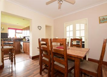 Thumbnail 3 bedroom bungalow for sale in Sandown Avenue, Hornchurch, Essex