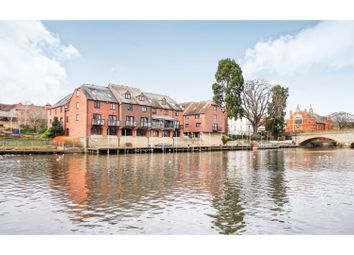 3 bed town house for sale in Monks Walk, Evesham WR11
