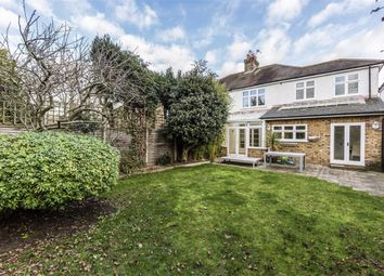4 bed detached house to rent in Chelwood Gardens, Kew, Richmond TW9