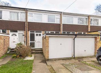 3 bed property for sale in Edward Close, Hampton Hill, Hampton TW12