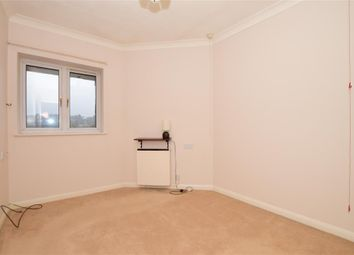 1 bed flat for sale in High Street, Chatham, Kent ME4
