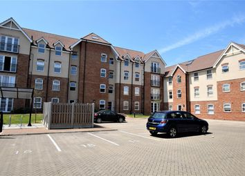 Thumbnail 2 bed flat for sale in Lenthall Avenue, Grays