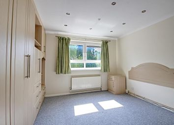 Thumbnail 1 bed flat to rent in Fouracres, 127 Holden Road, Woodside Park, London