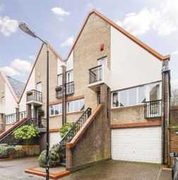 4 bed property to rent in Admiral Place, London SE16