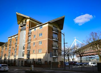 Thumbnail 1 bed flat to rent in Millenium View, Fitzhamon Embankment, Cardiff