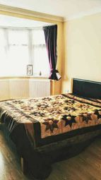 Thumbnail Room to rent in Glencoe Avenue, Ilford, London