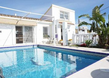 Thumbnail 2 bed villa for sale in Fuengirola, Málaga, Spain