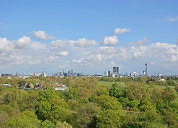 Thumbnail 4 bed flat to rent in Park St James, London