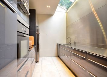 Thumbnail 4 bedroom property for sale in Haydens Place, Notting Hill