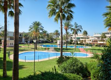 Thumbnail 2 bed apartment for sale in Spain, Andalucia, Nueva Andalucia, Ww1084