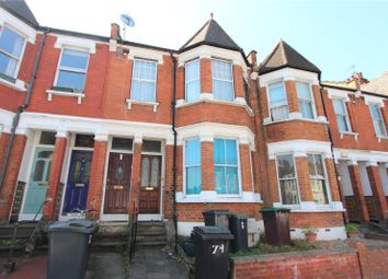 Thumbnail 1 bed flat to rent in Lyndhurst Road, Wood Green, London