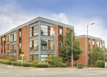 2 bed flat for sale in Watermark Close, Sherwood, Nottinghamshire NG5