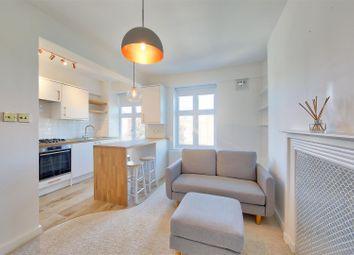 Brixton Hill, London SW2. 1 bed flat