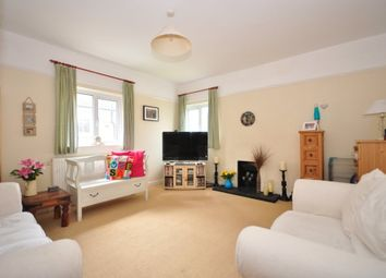 Thumbnail 2 bed flat to rent in Lionel Road, Tonbridge