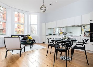 2 bed maisonette for sale in Kensington Court, Kensington, London W8