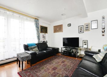 Thumbnail 3 bed flat to rent in Strathan Close, West Hill