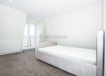 Thumbnail 3 bed triplex to rent in Camden Road, Islington