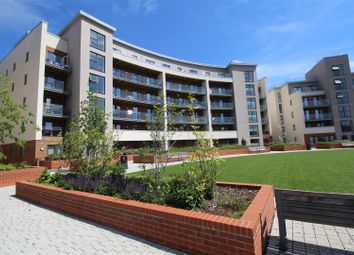 Thumbnail 2 bed flat for sale in Manor Way, Borehamwood