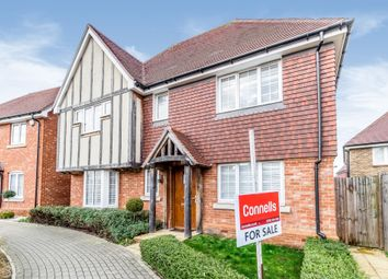 Beacon Avenue, Kings Hill, West Malling ME19. 4 bed detached house