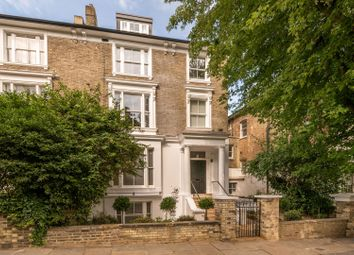 Thurlow Road, Hampstead NW3. 2 bed flat