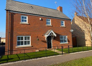 Thumbnail 4 bed detached house to rent in The Glades, Huntingdon