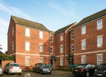Thumbnail 2 bedroom flat to rent in Queensgate, Aylesbury, Buckinghamshire