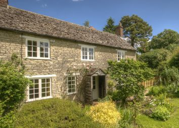 Thumbnail 4 bed cottage to rent in Woodleys, Woodstock